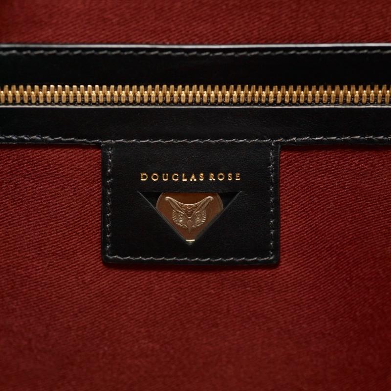 douglas-rose-collier-zipper